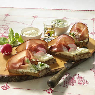 Ham and Cream Cheese Appetizers.