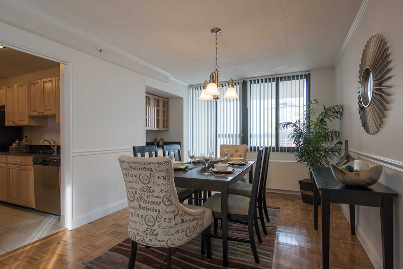 the-towers-at-longfellow-apartments-dining-room