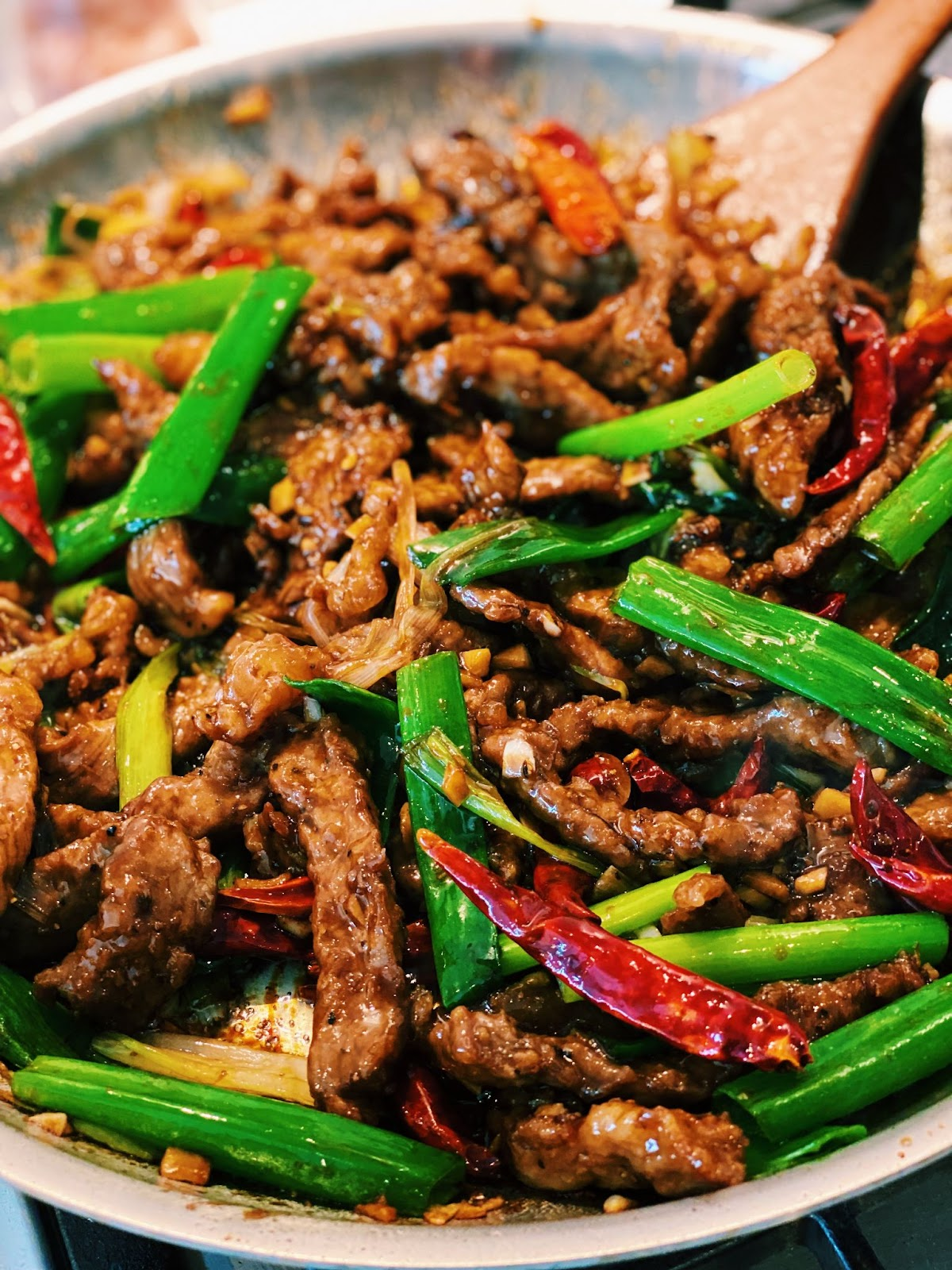Mongolian Beef  (BETTER THAN TAKEOUT!)