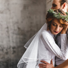 Wedding photographer Arina Batrakova (ArinaBat). Photo of 31.01.2017