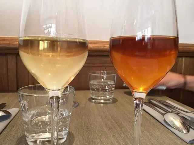 パリのベストビストロ「レザンファンルージュ」フランス産日本酒写真GUISHU