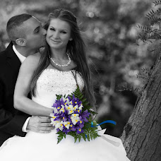 Wedding photographer Peter Farkas (AlbaWolfPhoto). Photo of 23.08.2017