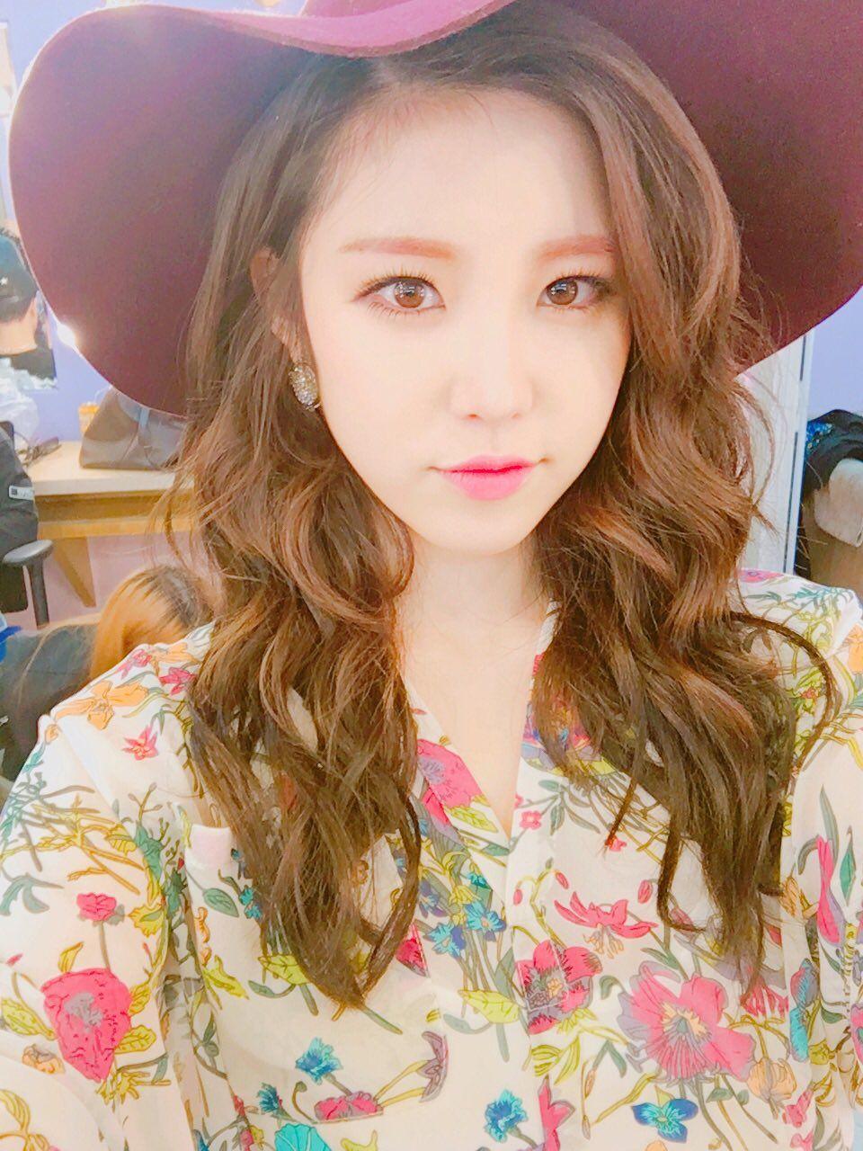 hyosung hat 3
