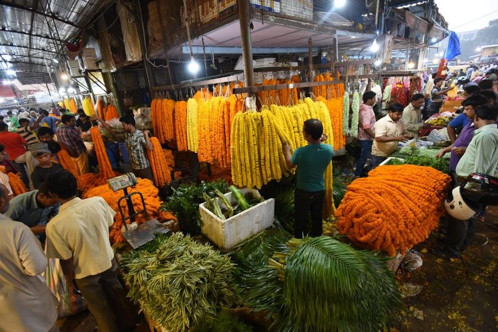 02-12-2019-top-things-to-do-in-delhi_ghazipur_flower_market.jpg