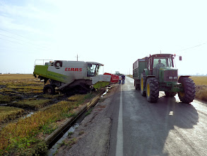 Photo: Rice Harvest vehicles