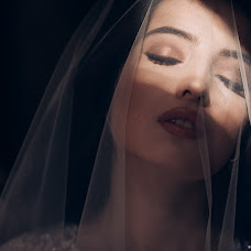 Wedding photographer Oksana Bazhaeva (Oksi85). Photo of 29.11.2017