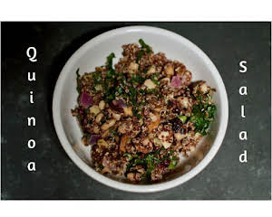 Red quinoa salad with spinach