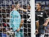 Thibaut Courtois pakt elfmeter en helpt zo Chelsea aan driepunter