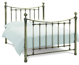 Grand Stylish Metal Bedstead