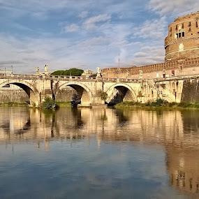 Roma. Ponte Sant'Angelo by Juan Tomas Alvarez Minobis - City,  Street & Park  Vistas