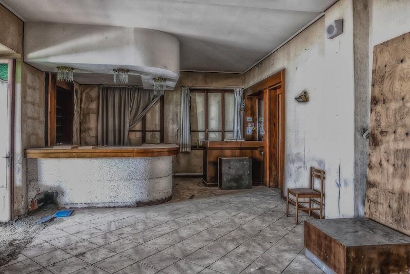 C'era una volta la hall di un albergo di angart71