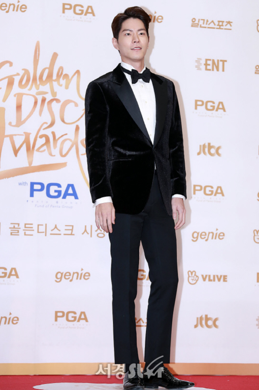 Best Dressed Male Celebrities Of 32nd Golden Disc Awards 2018