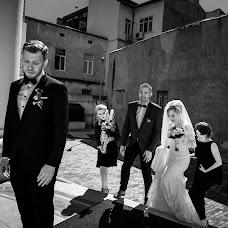 Wedding photographer Adrian Andrunachi (adrianandrunach). Photo of 01.07.2018