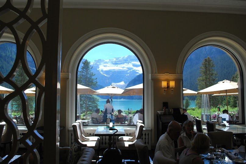 Lake Louise, Rocky Mountain National Park, Fairmont Chateau