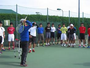 Photo: 植村監督によるサービスレッスン