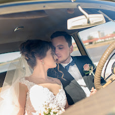 Wedding photographer Maksim Lobikov (MaximLobikov). Photo of 11.05.2017