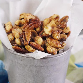 Father's Day Sweet & Spicy Nut Mix
