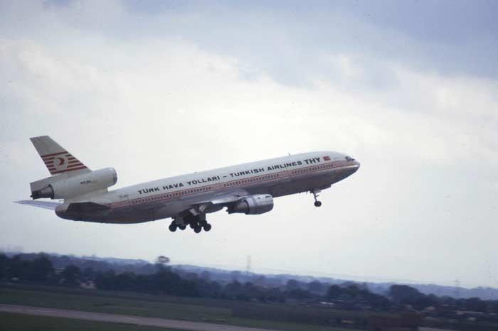 3 марта 1974 года, Катастрофа DC-10 под Парижем
