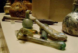 Photo: Roman glassware ........... Romeins glaswerk