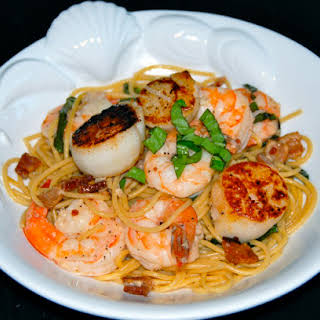 Seafood Pasta With Shrimp And Scallops Recipes.