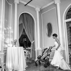Wedding photographer Haris Haris (photoandme). Photo of 22.08.2014