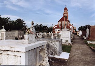 Photo: Lafayette, Louisiana, French cementary