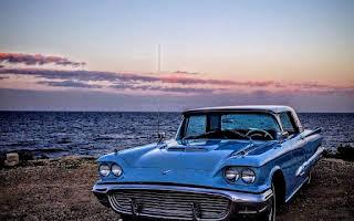 Ford Thunderbird Rent Central Region
