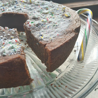 Skinny Chocolate Peppermint Pound Cake