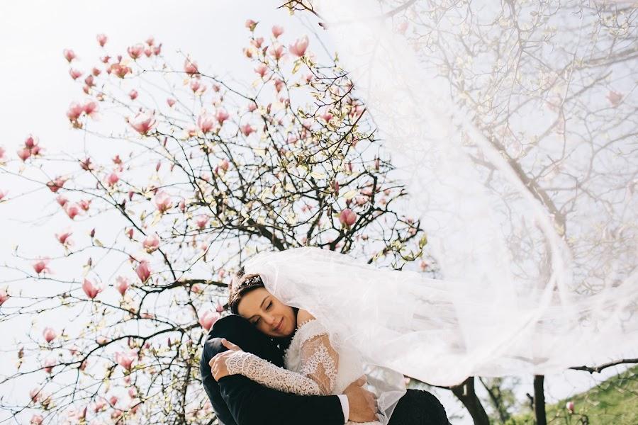 Wedding photographer Roman Pervak (Pervak). Photo of 28.04.2017
