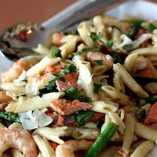 Penne With Shrimp, Salmon, Asparagus And Sundried Tomatoes.