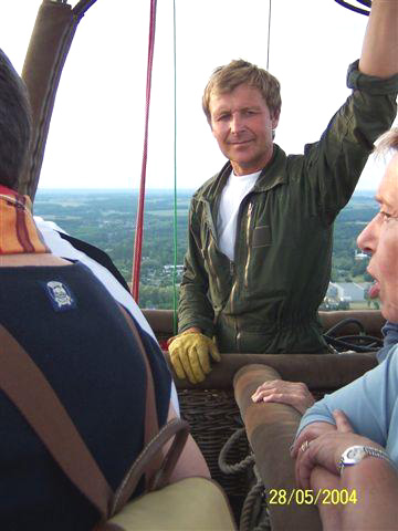 Photo: Tourism Consultant - Specialist Ballooning & Outdoor Activities. Contact us www.planeteballoon.com