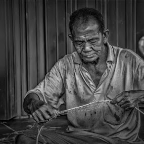 by Jap s Jafar Shadiq - People Portraits of Men