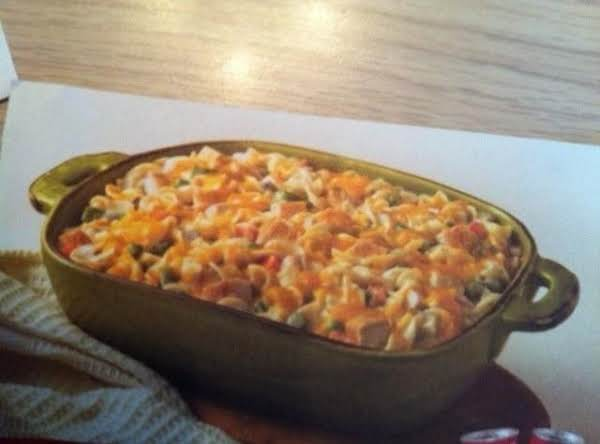 Hearty Chicken & Noodle Casserole Recipe
