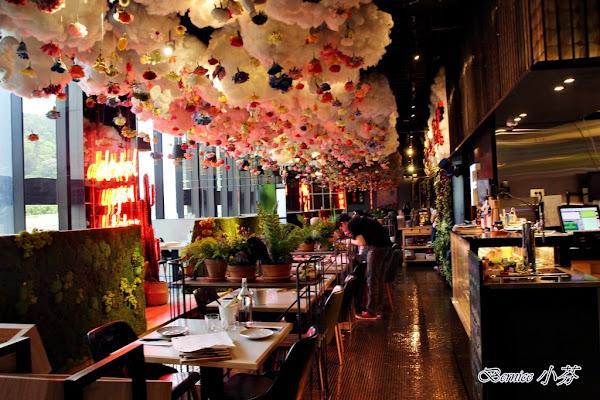 棧 F.M.L Cafe 花樣拿鐵/IG打卡熱點/視覺系餐廳/網紅餐廳(捷運劍南路站)