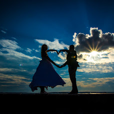 Wedding photographer Yuliya Solnechnaya (foto-you). Photo of 07.08.2017