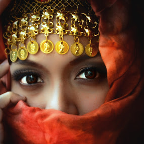 Hiding Princess by Paolo Albos - People Portraits of Women