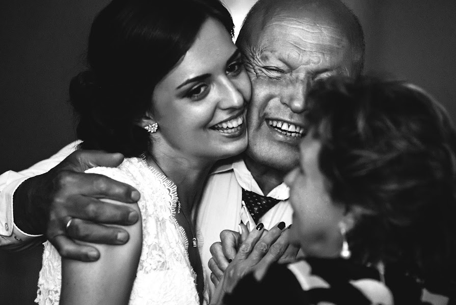 Fotograful de nuntă Sergey Torgashinov (torgashinov). Fotografia din 05.04.2016