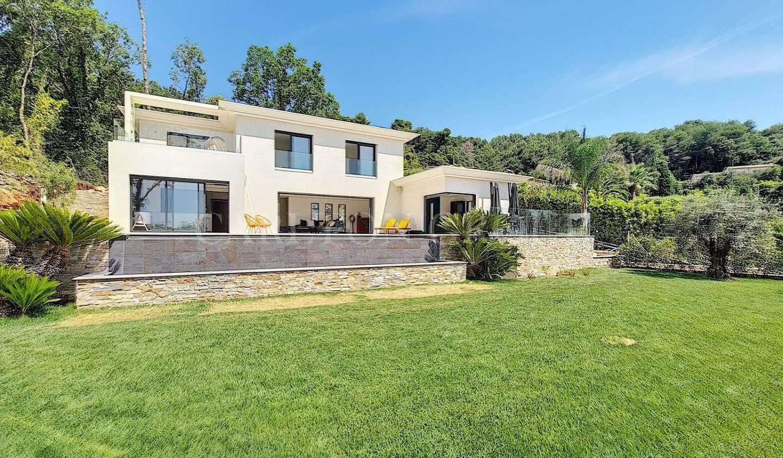 Maison avec piscine et terrasse Tourrettes-sur-Loup