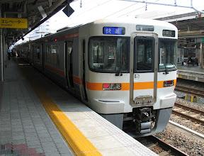 Photo: 名古屋駅で関西本線から中央本線に。 中津川行き快速2727M(1346発)
