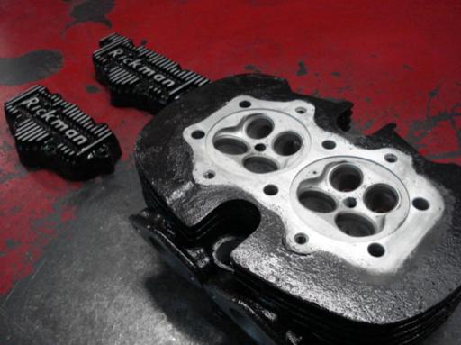 Culasse Triton Rickmann préparée par Machines et moteurs