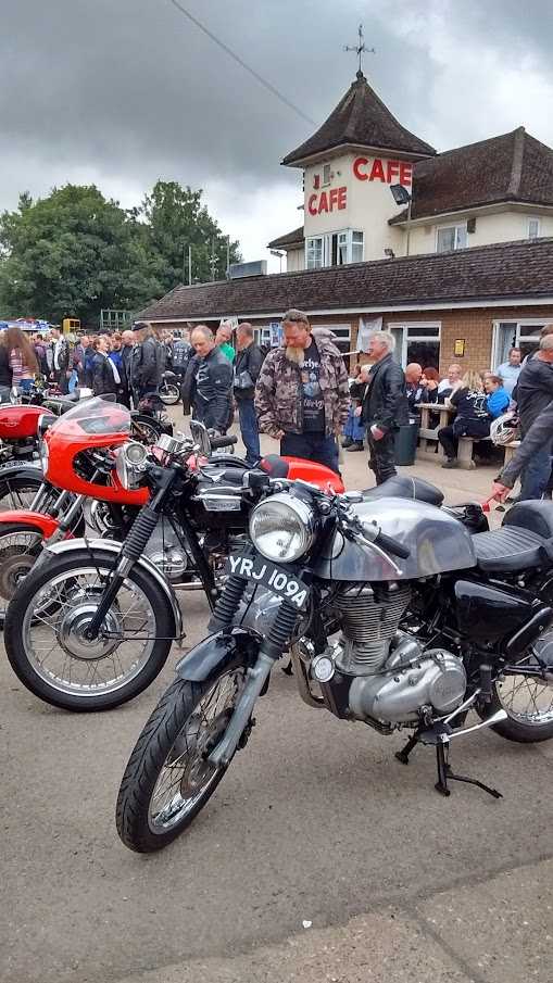 Ton Up Day Jacks Hill Cafe 2016