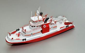 Photo: FDNY Fireboat Three Forty Three Port Bow