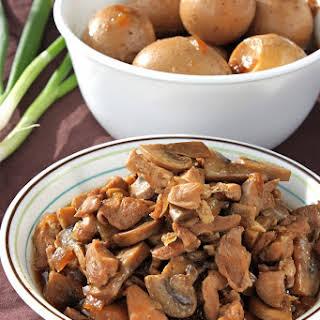 Saus Ayam Jamur - Chicken Mushroom Sauce.