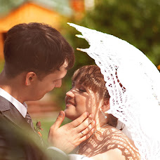 Wedding photographer Oksana Usolceva (ksanik16). Photo of 03.07.2014