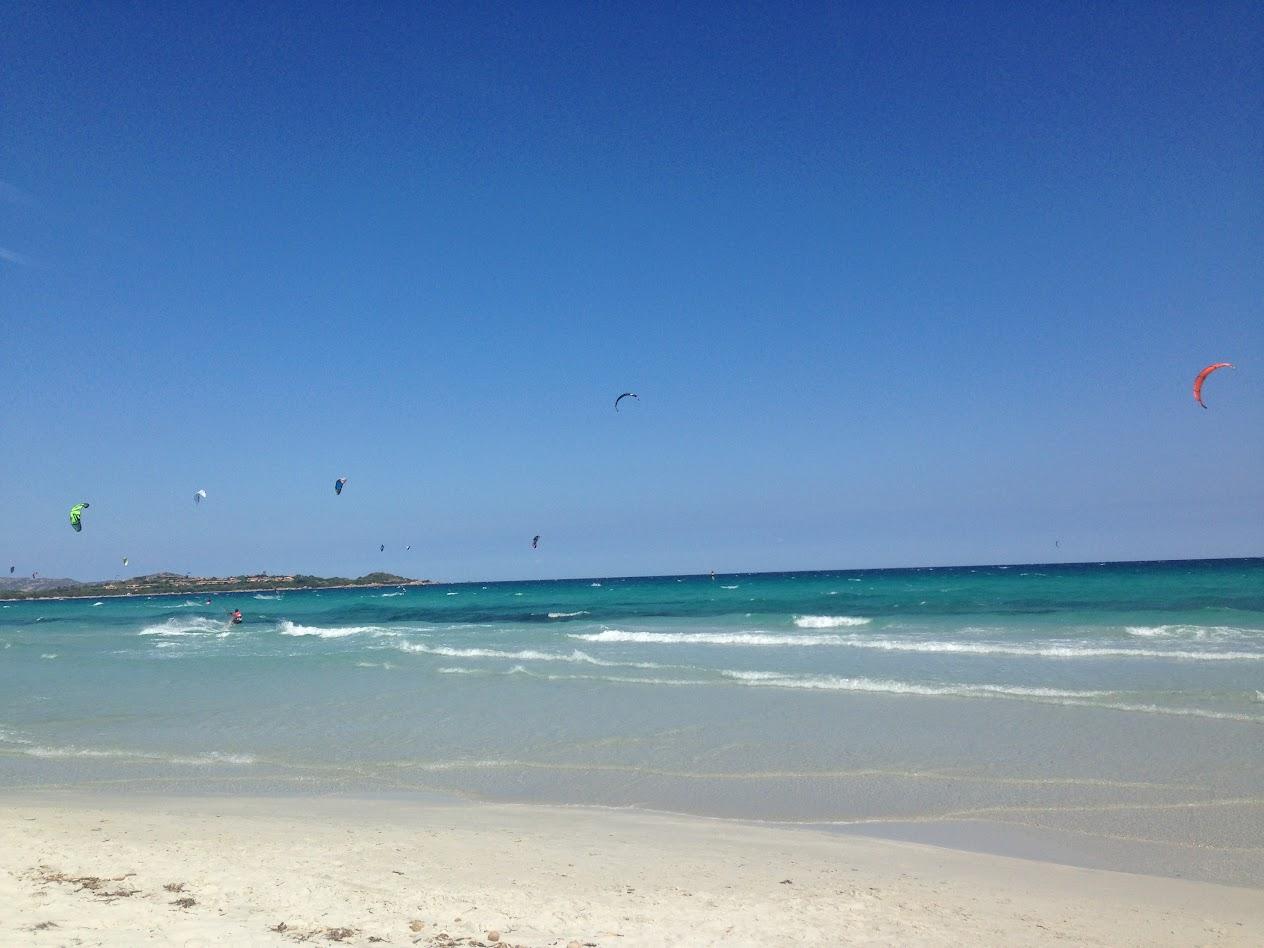 Пляж... Лазурь и ветер