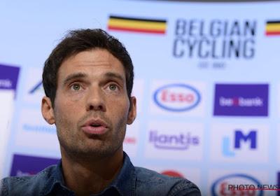 """Sven Vanthourenhout wil op lange termijn bondscoach blijven: """"Zou gecharmeerd zijn door interesse van WorldTour-ploeg, maar denk nu enkel aan de nationale ploeg"""""""
