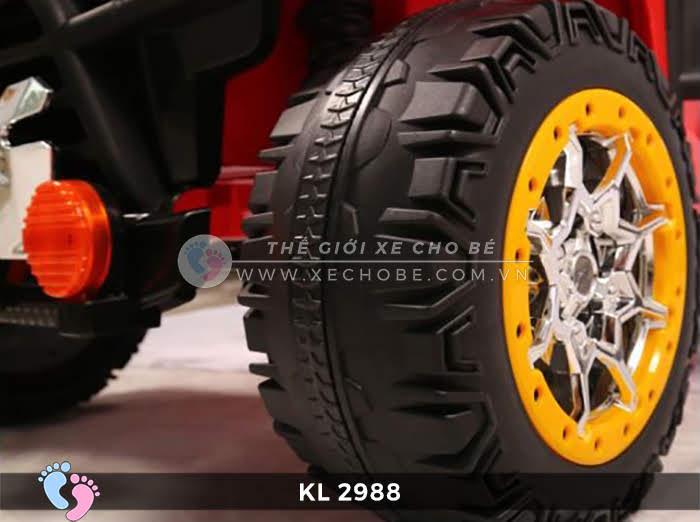 Xe ô tô điện đồ chơi trẻ em KL-2988 ghế da 16