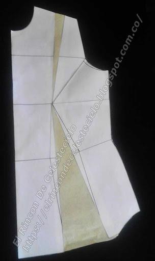 Delantero de blusa básica con las pinzas eliminadas