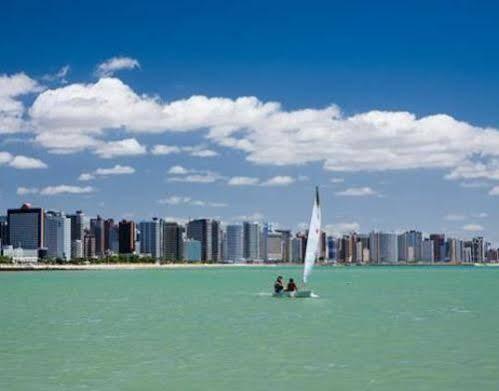 Flat Golden Beira Mar