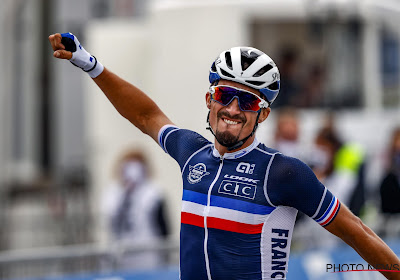 Alaphilippe emotioneel na behalen wereldtitel